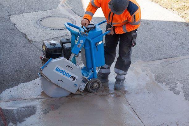 road-construction-1264789__480.jpg